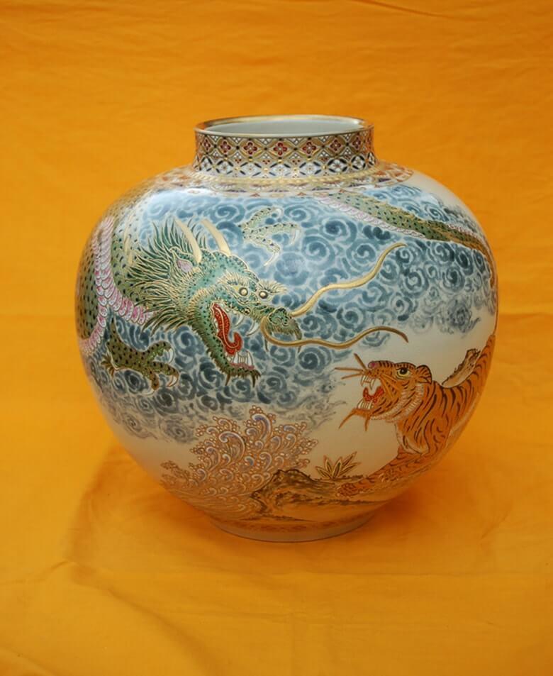 白薩摩花瓶